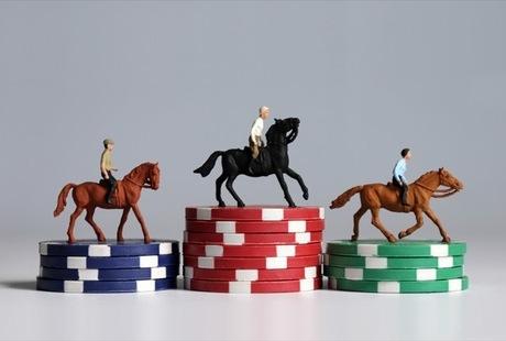 カジノはそのほかのギャンブルと何が違う?競馬、競艇、競輪、パチンコと徹底比較!のサムネイル