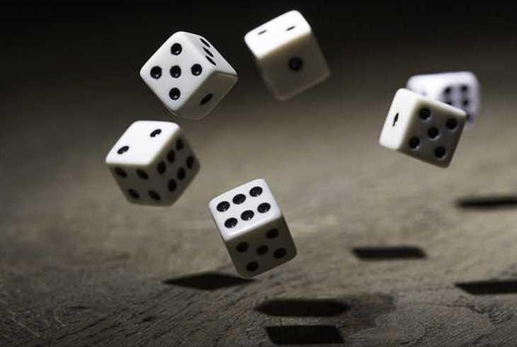 ギャンブルするなら知っておきたい大数の法則とは?オンラインカジノは勝ち逃げが鉄則!のサムネイル