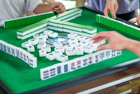麻雀はオンラインでも対戦できる!オススメの無料サイトやオンラインカジノをご紹介のサムネイル