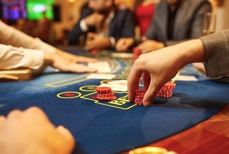 カジノで頻繁に使われる用語を徹底紹介!気になる言葉をカテゴリー別にチェックのサムネイル