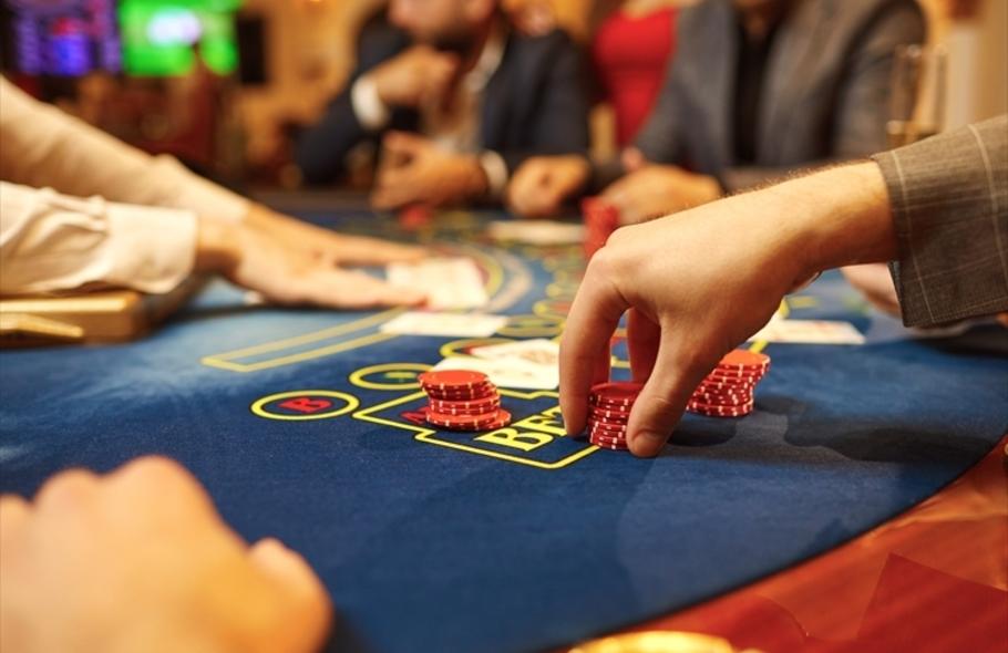 カジノで頻繁に使われる用語を徹底紹介!気になる言葉をカテゴリー別にチェックサムネイル