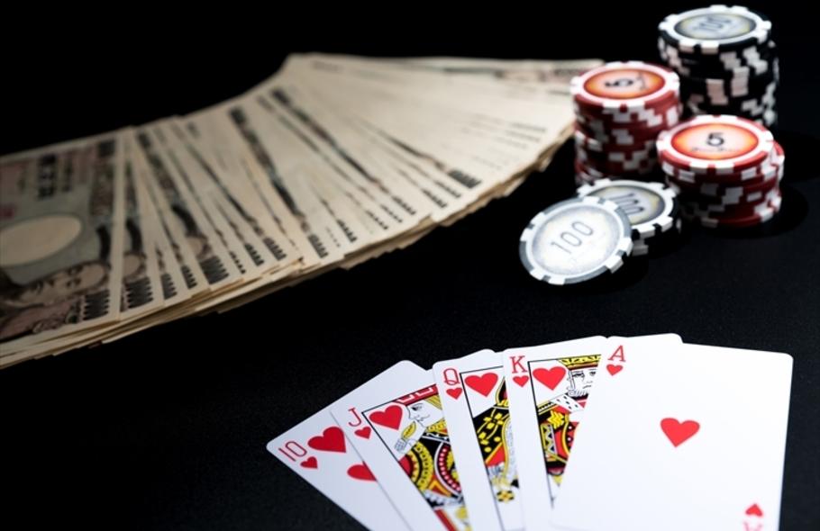 裏カジノってどんなところ?場所や遊び方、利用すると危険な理由を徹底解説サムネイル