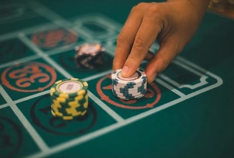 韓国のカジノ事情とは?おすすめホテルや地域、渡航時の注意点も解説しますのサムネイル