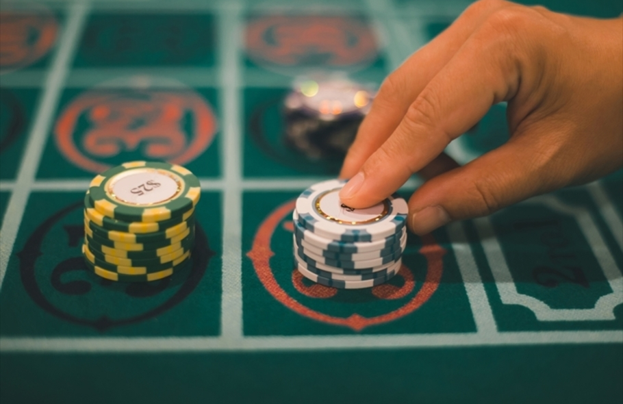 カジノが合法なのはどんな国?日本人におすすめの国やコロナ禍の遊び方をご紹介サムネイル